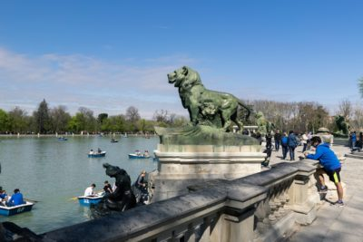 Parque El Retiro Statue